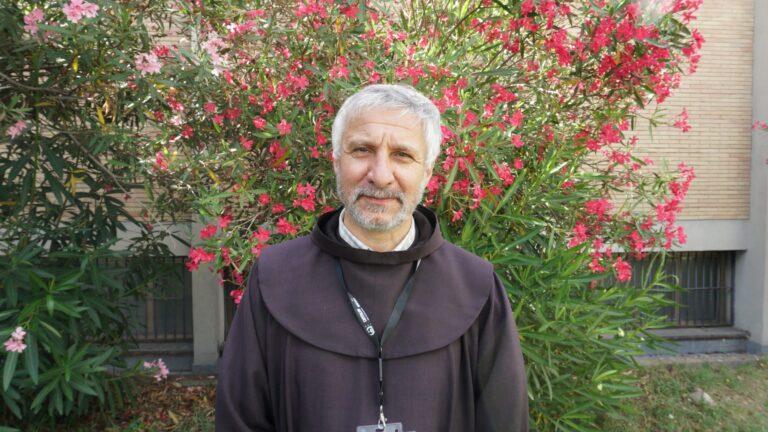 Saludo del Vicario General OFM al Ministro Provincial Fray Emilio Andrada, en el día de la Asunción de la Virgen