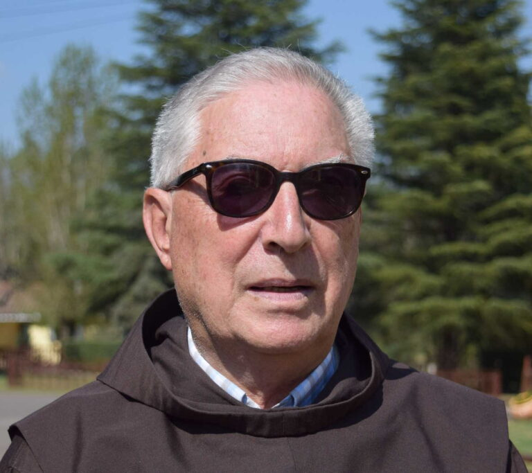 Paz eterna para fray Luis María Otazua ofm.